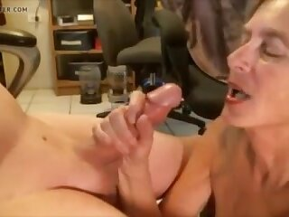 Hot granny sucking dick and get cum in mouth