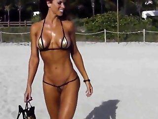 Extreme curt bikini cameltoe sequence on beach