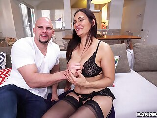 Sophie Leon gets her glum breasts fondled and cum-covered during hot meeting