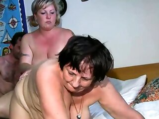 Old lesbian gets dildoed by peaches BBW