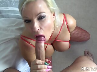 Thrilling Mommy Takes Male Tend - Michelle Thorne