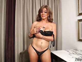 Philandering transsexual MILF with soft curves jerks missing to a powerful orgasm