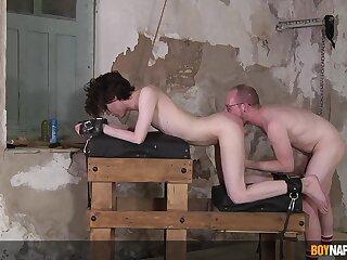 Amateur male fucks twink in kinky BDSM