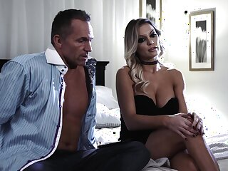 Energized blonde cougar fucks in the balance the last drops of jizz