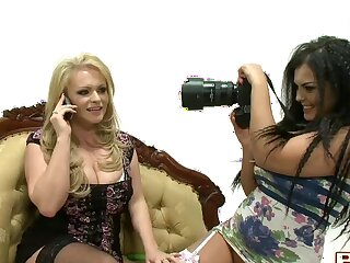 Horny lesbian babe licks wet pussy of naughty model Charley Green
